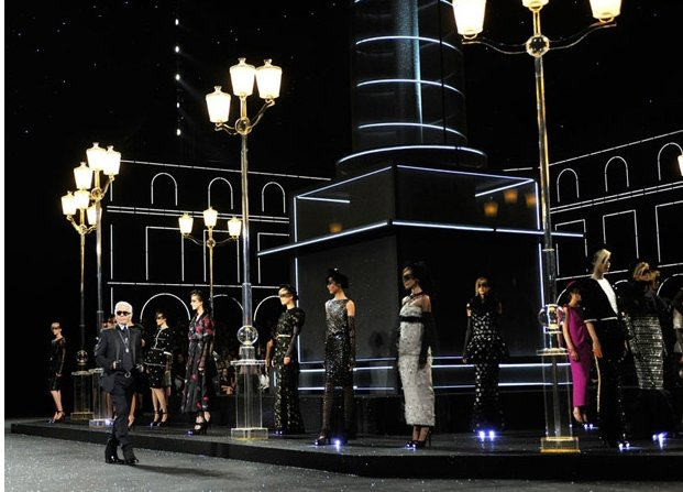 Haute Couture Fall 2012 Chanel Lighting Up My Life